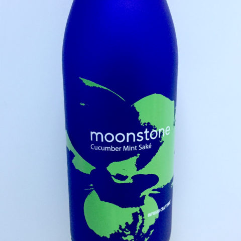 Moonstone Cucumber Mint bottle closeup