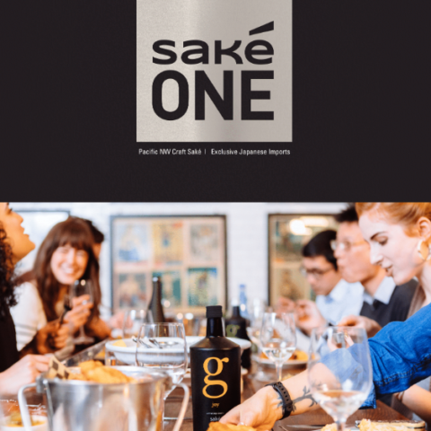 Dining with saké and fried chicken